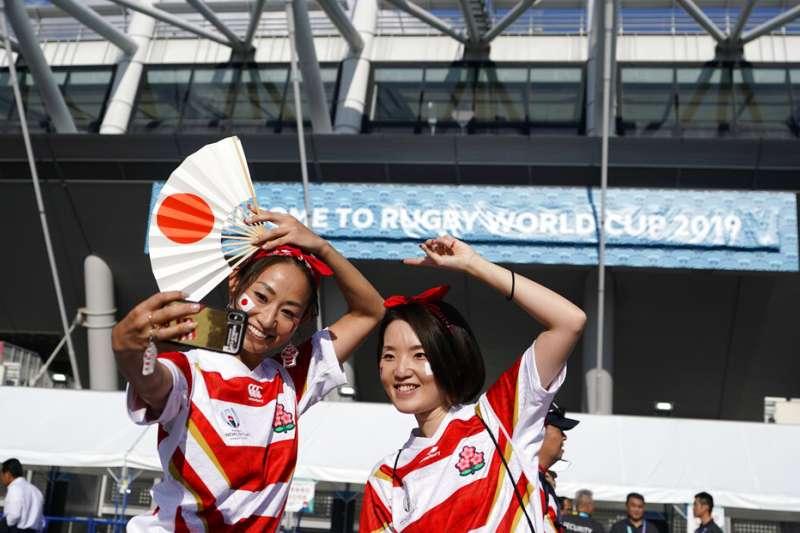 [新聞]每場可賣10萬杯啤酒,門票飲食旅遊住宿搶手,日本首度舉辦橄欖球世界盃經濟效益超驚人!